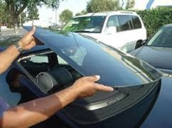 rear windshield replacement by https://samedaywindshieldreplacement.com
